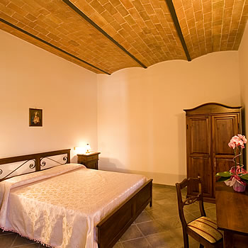 Details holiday apartment IL TULIPANO in Tuscany