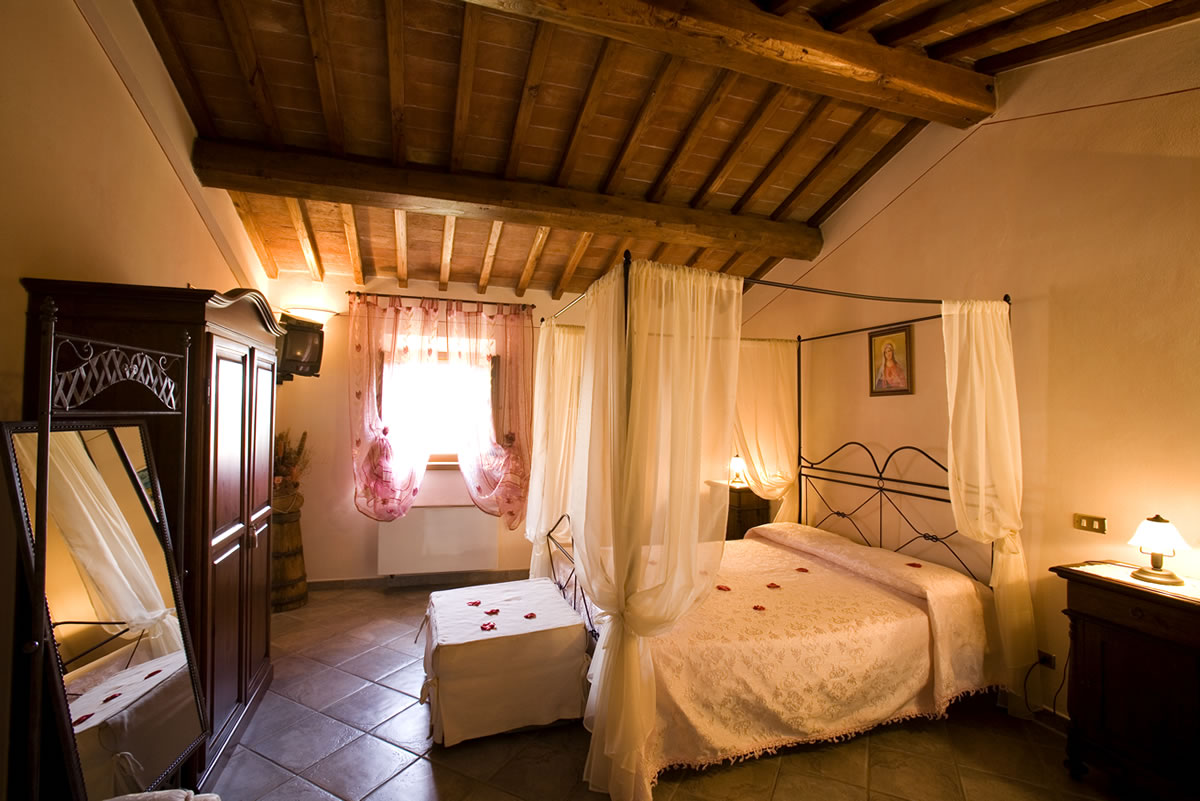 Camere agriturismo toscana bed and breakfast bb siena montepulciano pienza affitto camere casa - Foto in camera ...